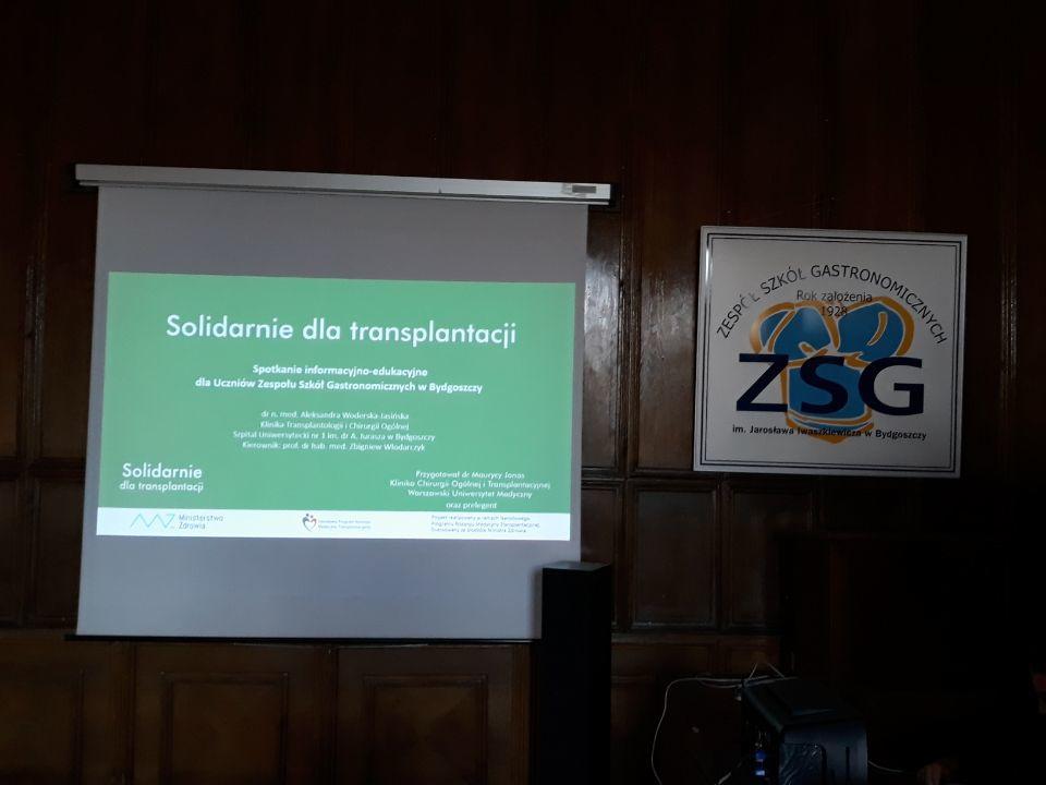 Bydgoszcz Aleksandra Woderska Jasińska spotkania edukacyjne w szkołach na temat leczenia przeszczepieniem