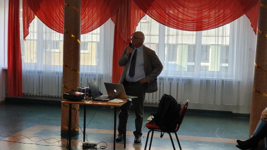 Ludów Polski Dariusz Patrzałek spotkania edukacyjne w szkołach na temat leczenia przeszczepieniem