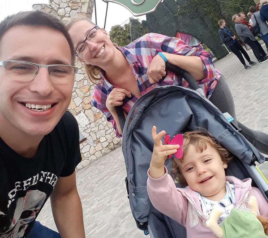 żywy dawca nerki Karolina Kaźmierska dostała nerkę od męża Bartosza są szczęśliwymi rodzicami